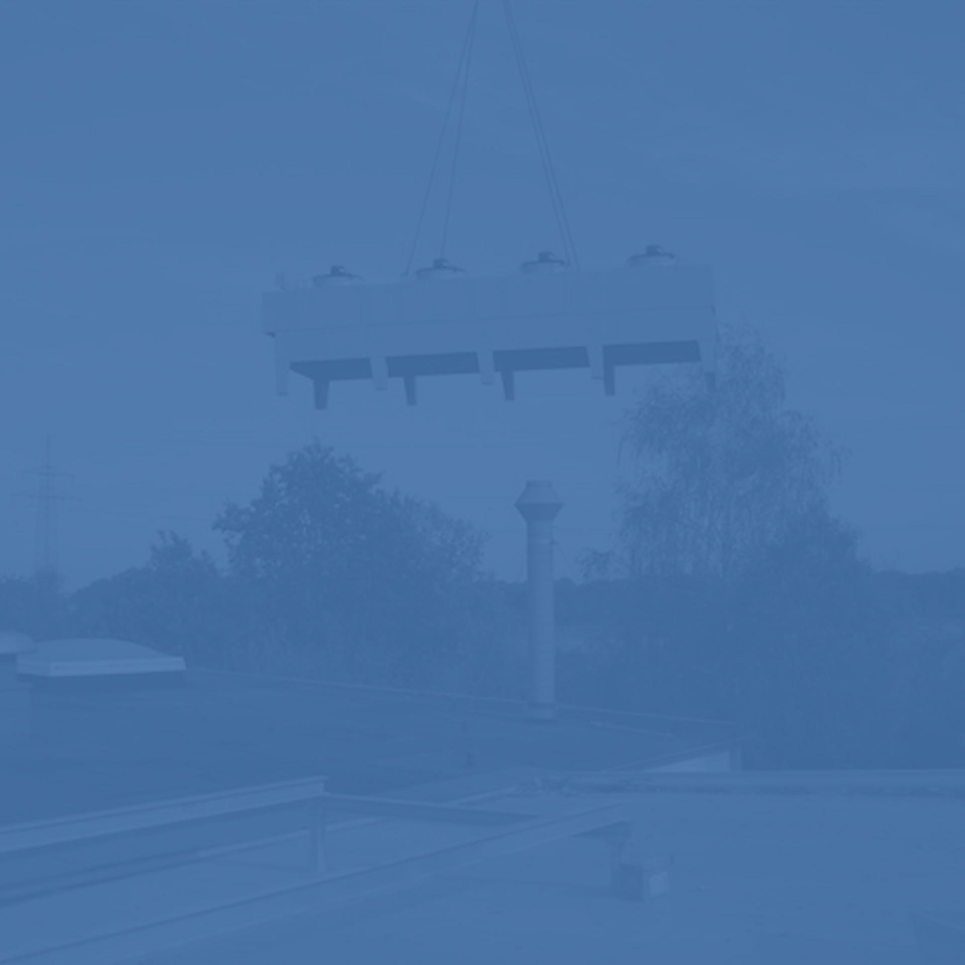 GWA_Kuehlanlagentechnik_Luftkuehler_mit_Ventilator_2_Gesellschaft_fuer_Waerme_und_Anlagentechnik_monochrom